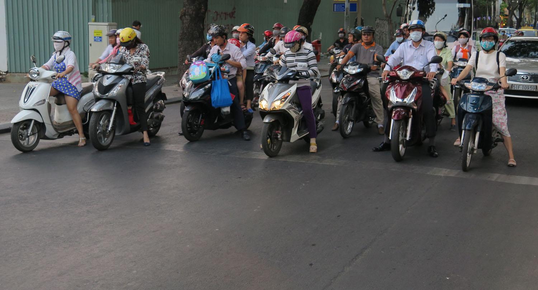 Vietnam-Ho-Chi-Minh-City-Street-Scenes