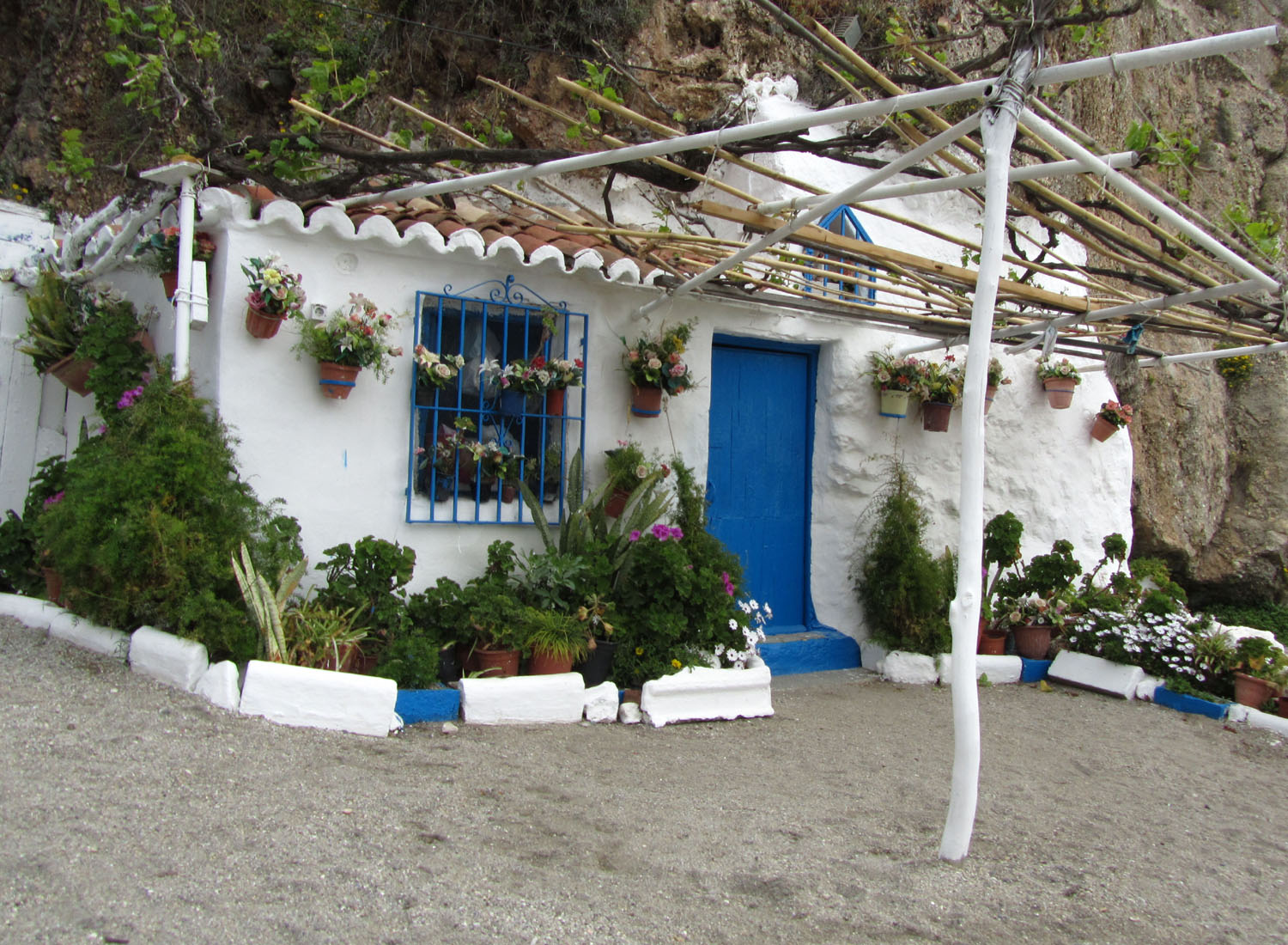 Spain-Nerja-Beach-Bungalow