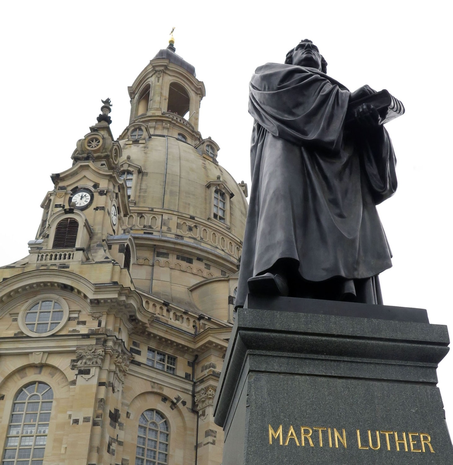 germany-dresden-frauenkirche-martin-luther