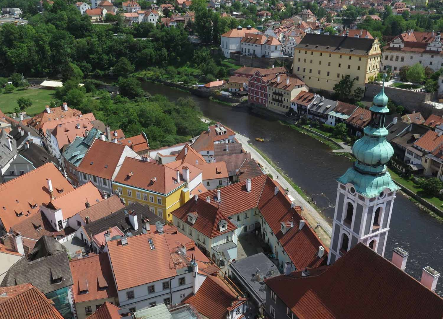czech-republic-czesky-krumlov-view-from-tower