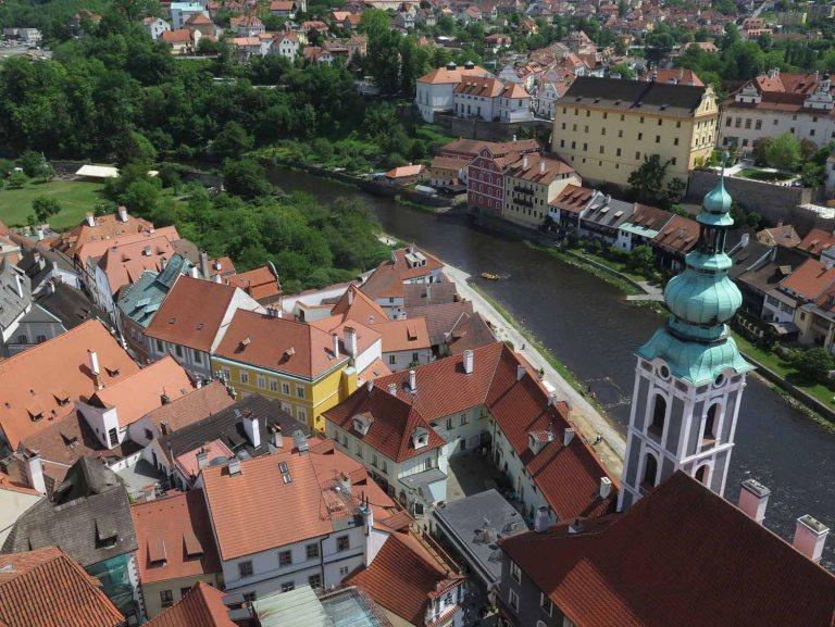 czech-republic-czesky-krumlov-view-from-tower