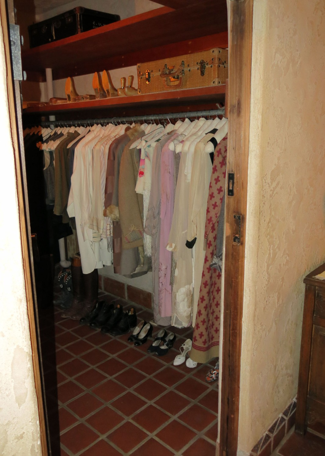 Death-Valley-Scottys-Castle-Closet