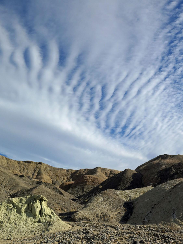 Death-Valley-High-Clouds