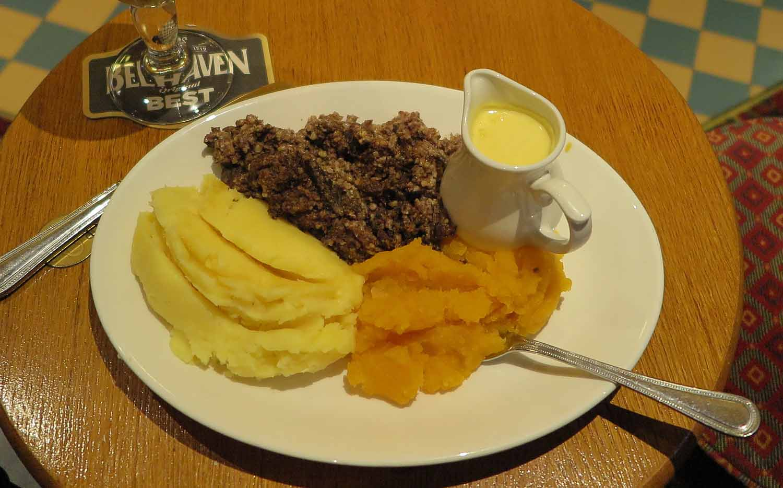 Scotland-Lowlands-Haggis-Neeps-Tatties