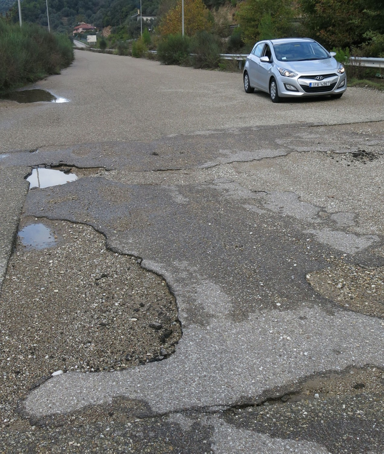 Greece-On-The-Road-Potholes