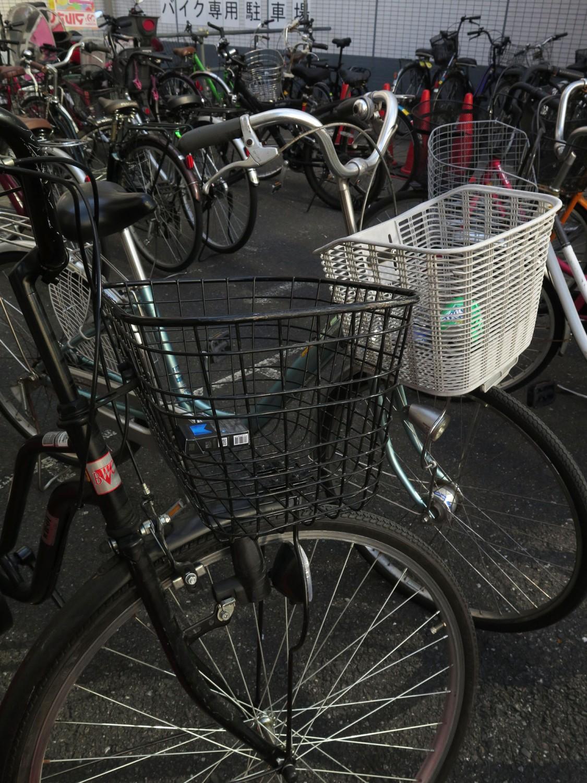 Japan-Tokyo-Street-Scenes-Bicycles