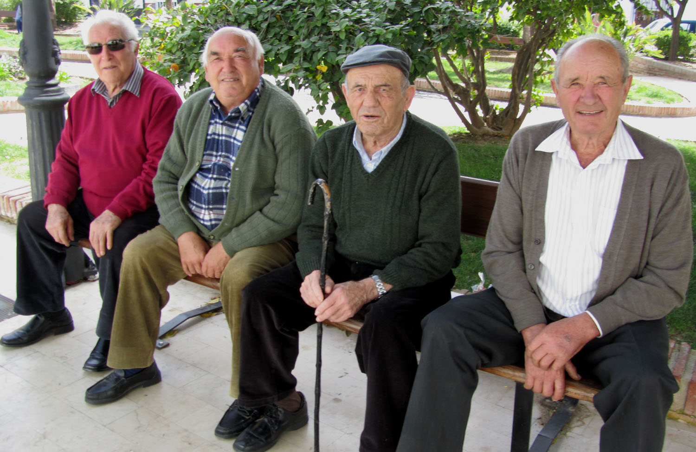 Spain-Nerja-Grupo-Guapo