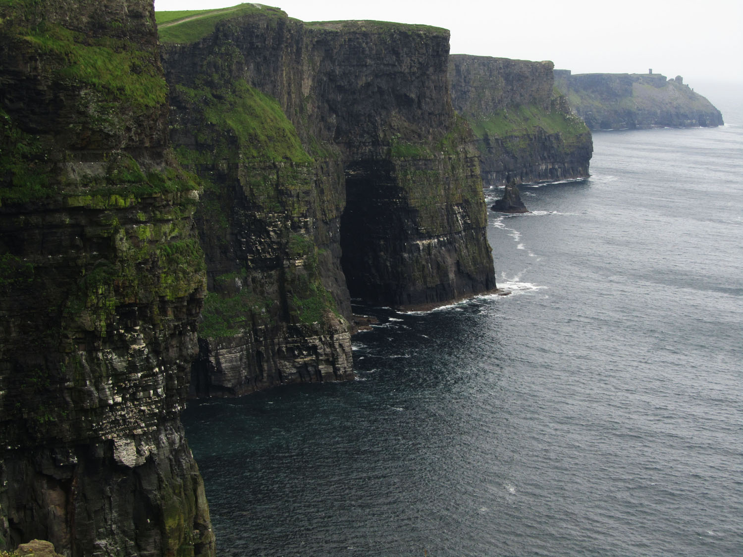 Ireland-Sights-And-Scenery-Cliffs-Of-Moher