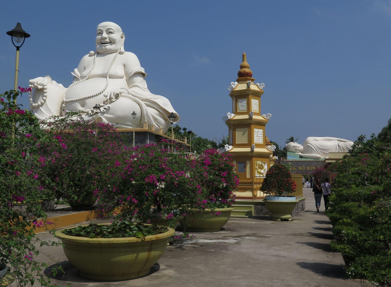 Vietnam-Mekong-Delta-Buddha-Sitting-Reclining