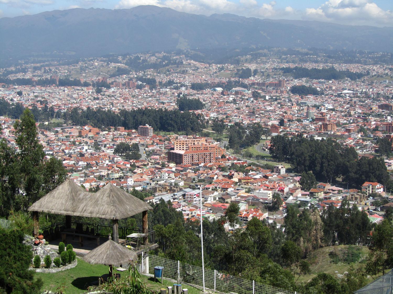 Ecuador-Cuenca-Skyline