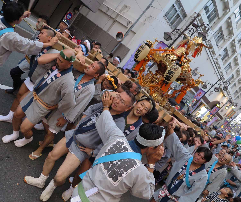 Japan-Tokyo-Street-Scenes-Celebration