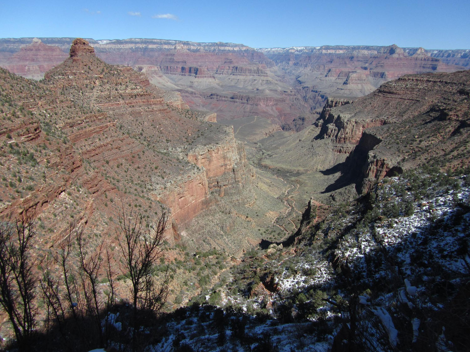 Grand-Canyon-Hike-Out-Upper-Trail-Looking-North