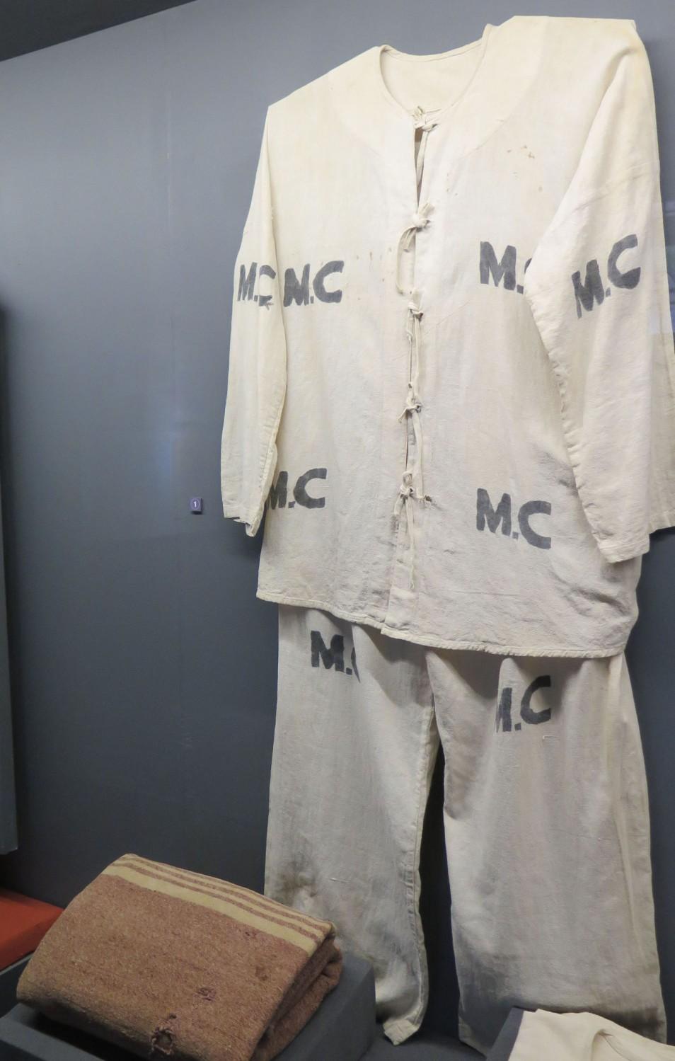 Vietnam-Hanoi-Hoa-Lo-Prison-Uniform-Blanket