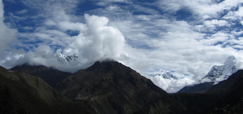 Nepal-Everest-Region-Trek-Day-03-Everest-Shrouded