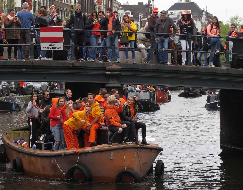 Netherlands-Amsterdam-Kings-Day-2018-Bridge-Boat