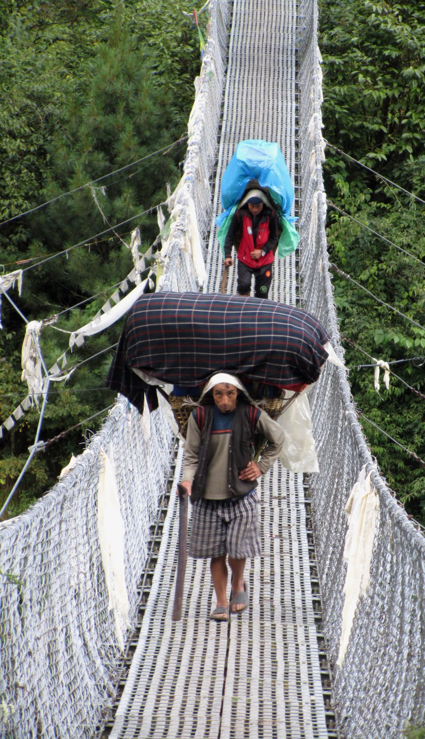 Nepal-Everest-Region-Trek-Day-01-Porters-Bridge-Crossing