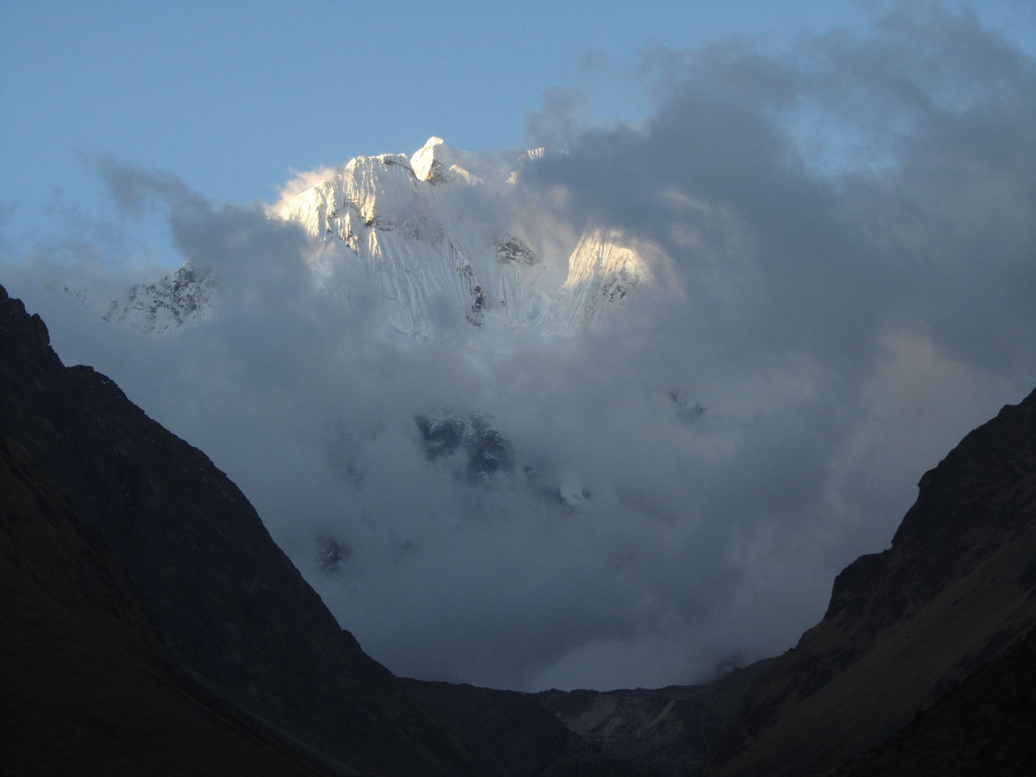 Peru-Salkantay-Trek-Day1-Humantay-Clouds