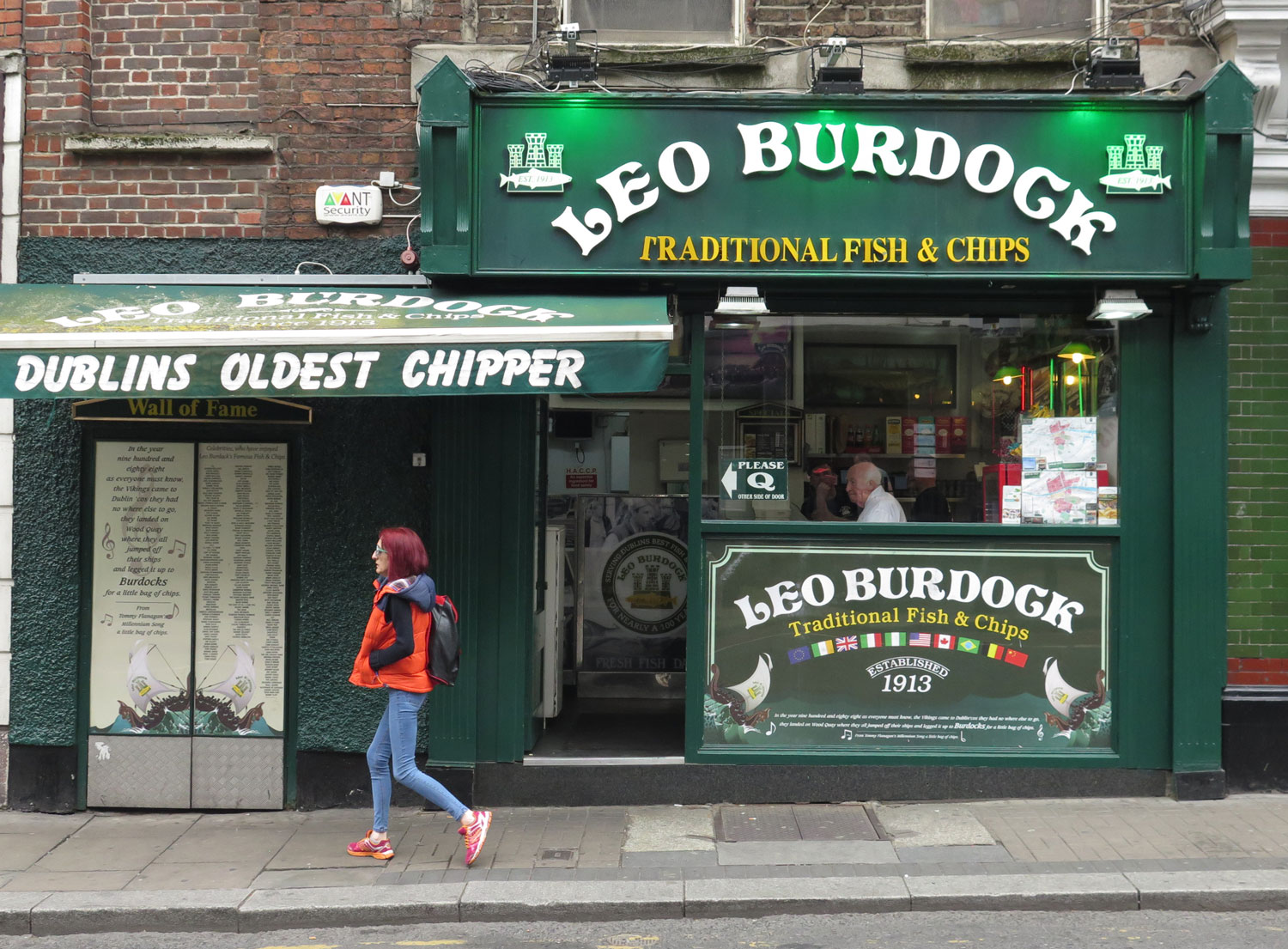 ireland-dublin-leo-burdock-fish-and-chips