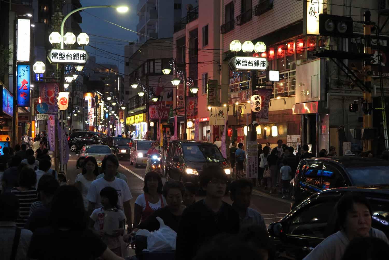 Japan-Tokyo-Street-Scenes-Tokiwadai