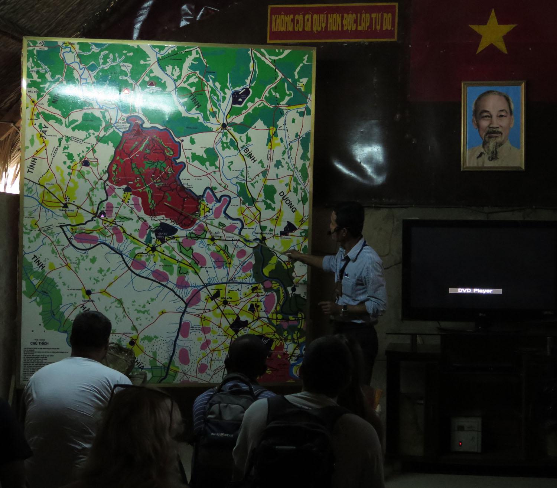 Vietnam-Cu-Chi-Tunnels-Briefing