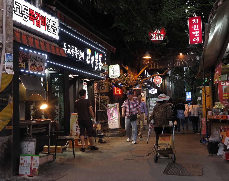 Korea-Seoul-Street-Scenes-Alleyway