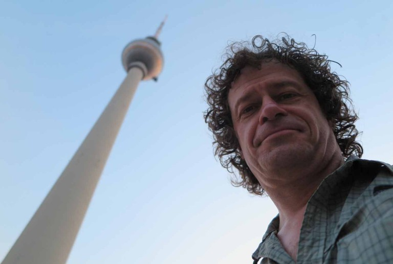 germany-berlin-tv-tower-selfie