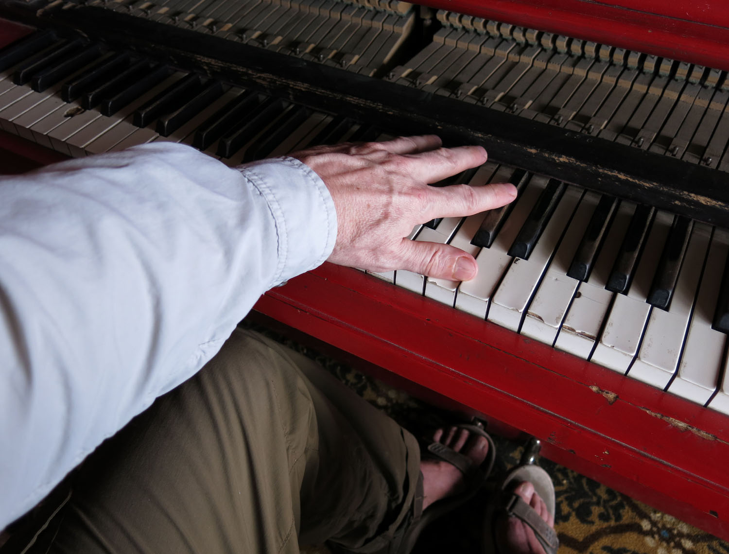 Death-Valley-Stovepipe-Wells-Piano