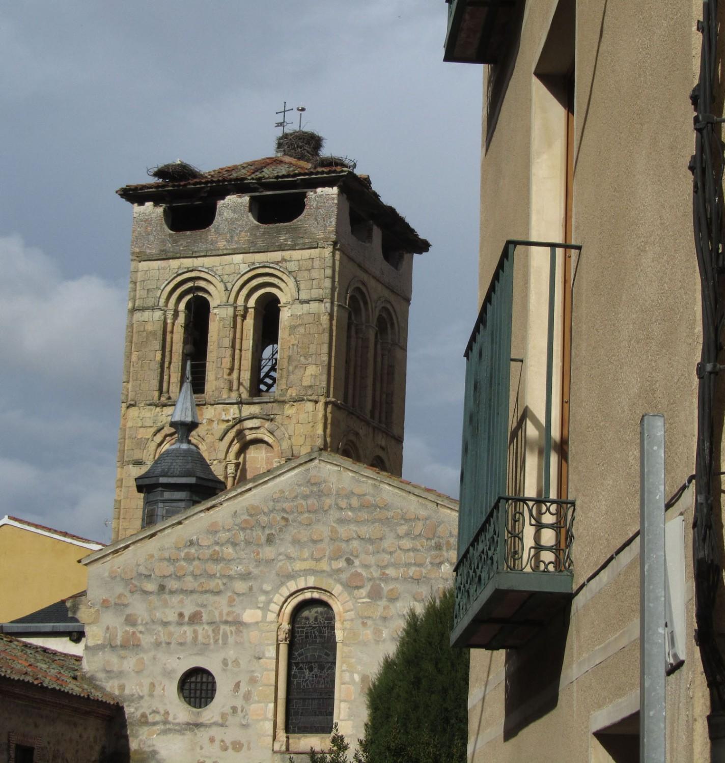 Spain-Segovia-Storks