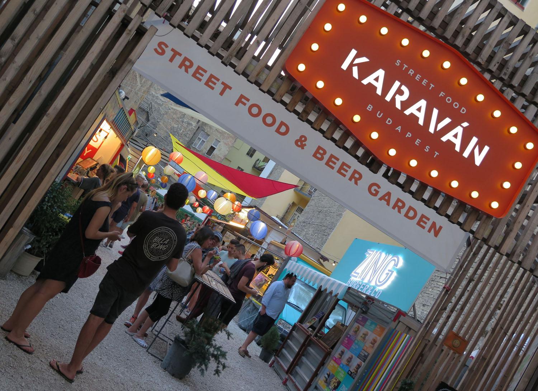 hungary-budapest-street-scenes-karavan