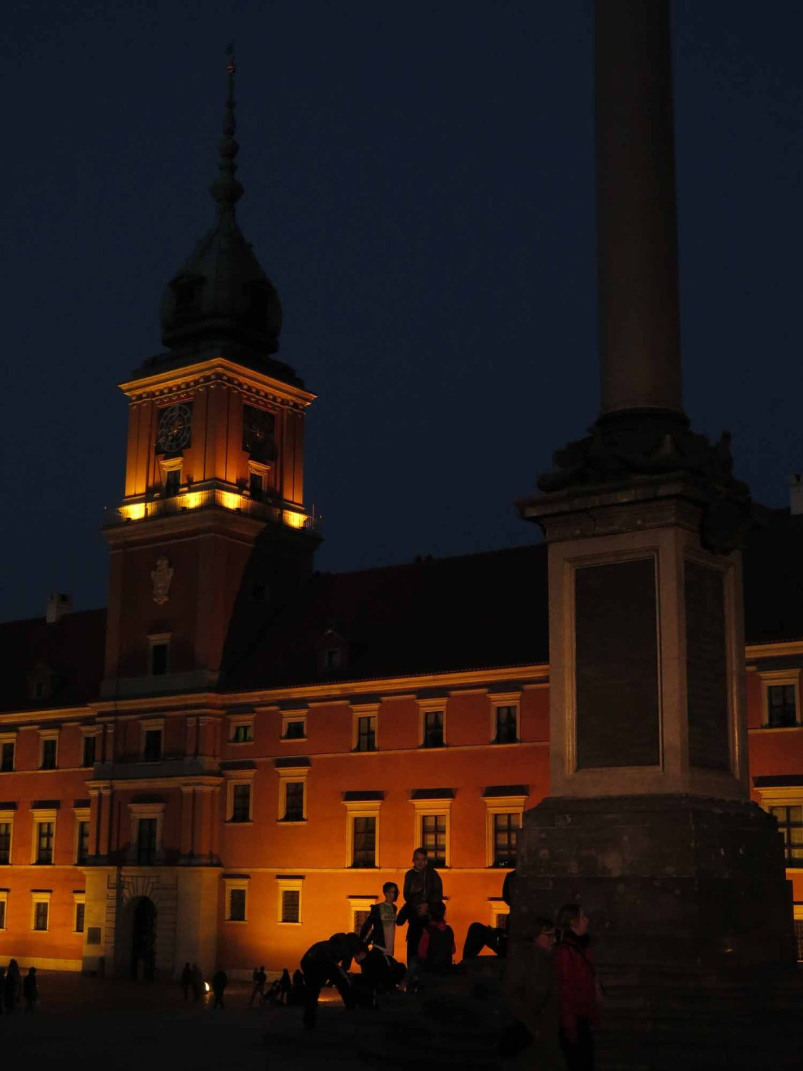 Poland-Warsaw-Old-Town-Square-Night