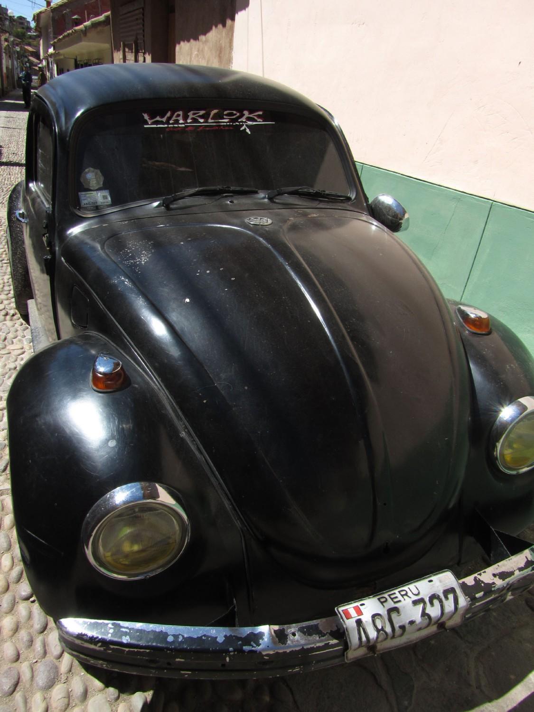 Peru-Cusco-Streets-VW-Beetle