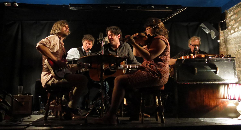 Ireland-Music-Limerick-Dolans-Session-Americana