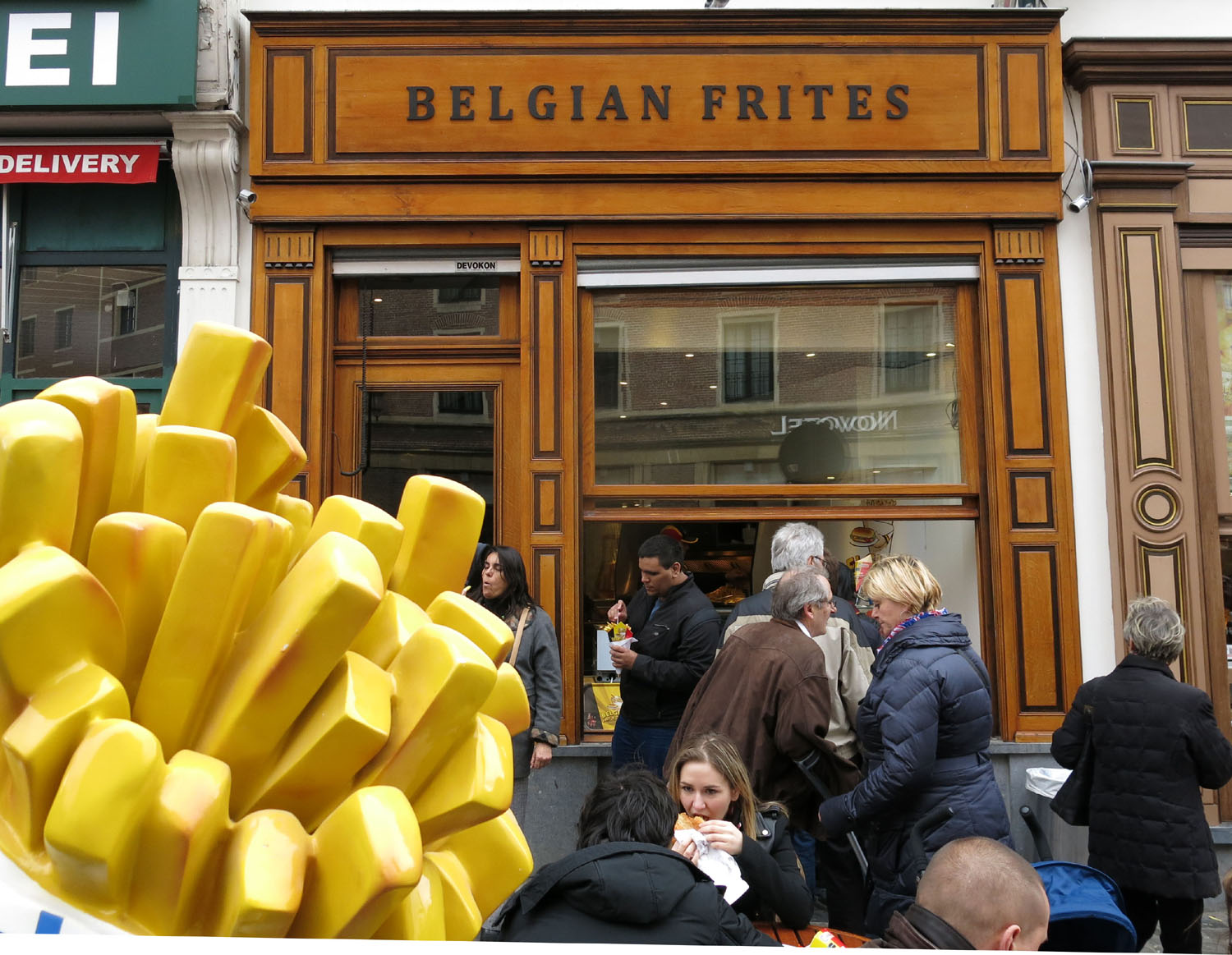 Belgium-Brussels-Food-And-Drink-Frites