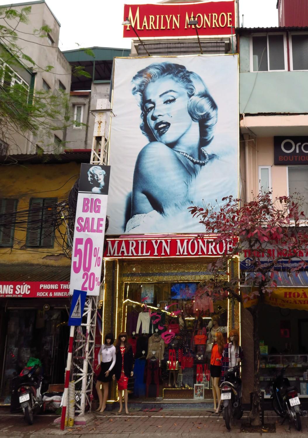 Vietnam-Hanoi-Street-Scenes-Marylin-Monroe