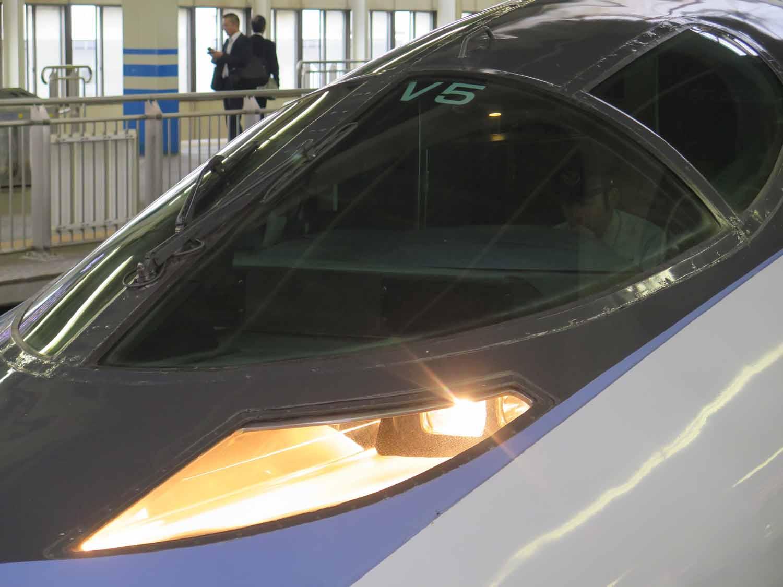 Japan-Shinkansen-Cockpit