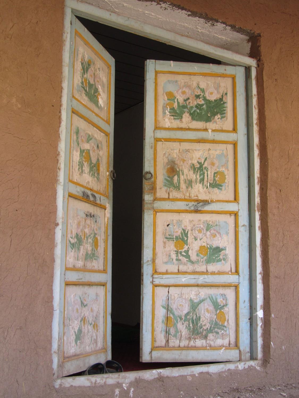 China-Turpan-Tuyoq-Open-Door