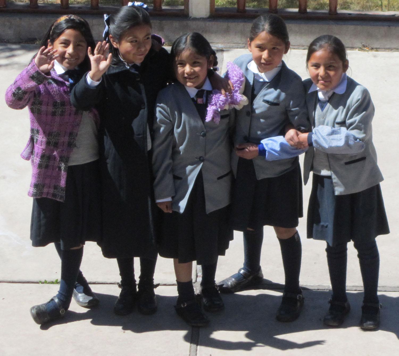 Peru-Cusco-Streets-Estudiantes