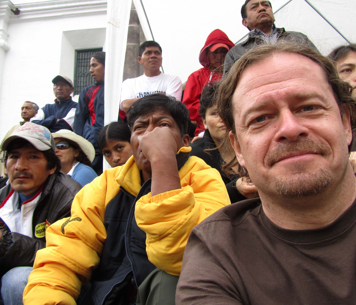 Ecuador-Quito-Plaza-Frank-Amongst-Crowd