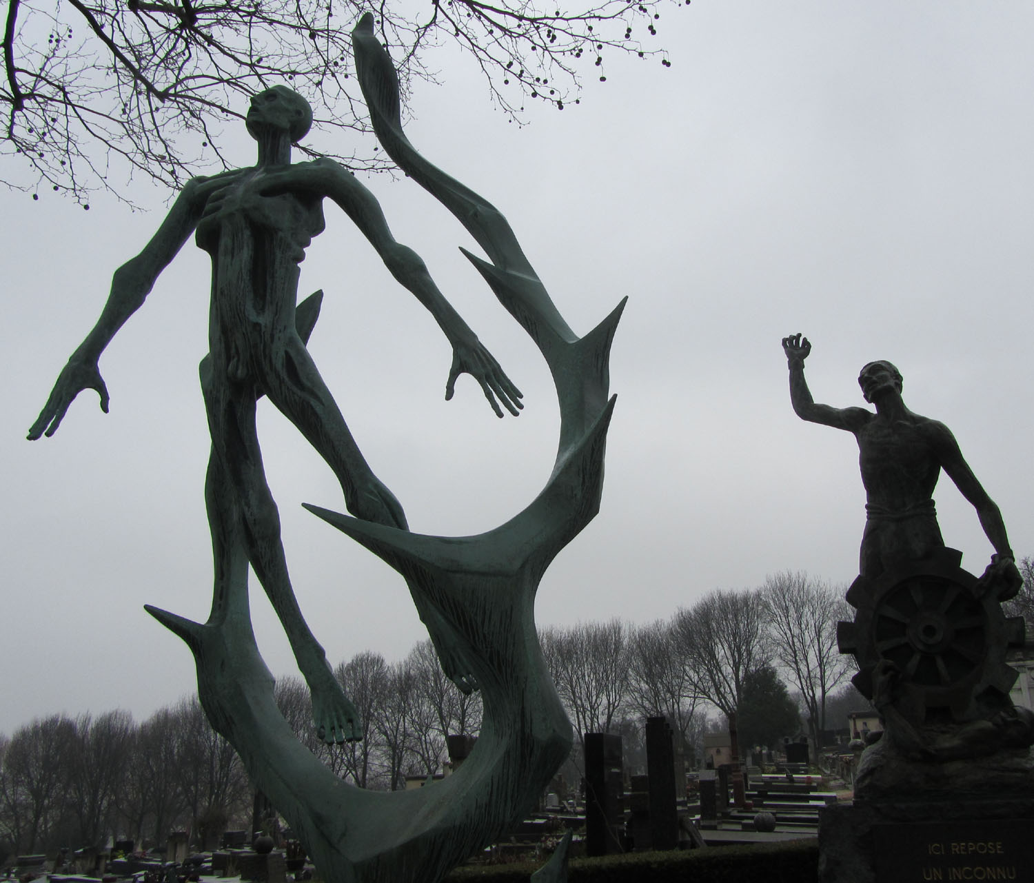 France-Paris-Pere-Lachaise-Holocaust-Memorial