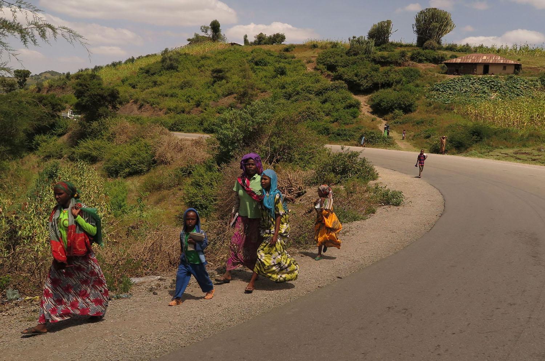 Ethiopia-Countryside-Minibus