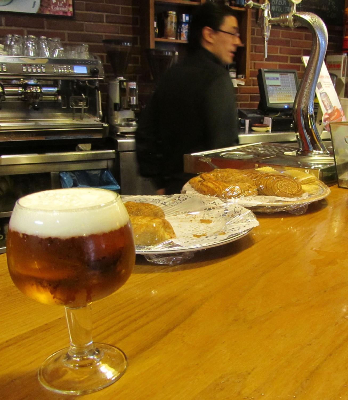 Spain-Segovia-Cerveza