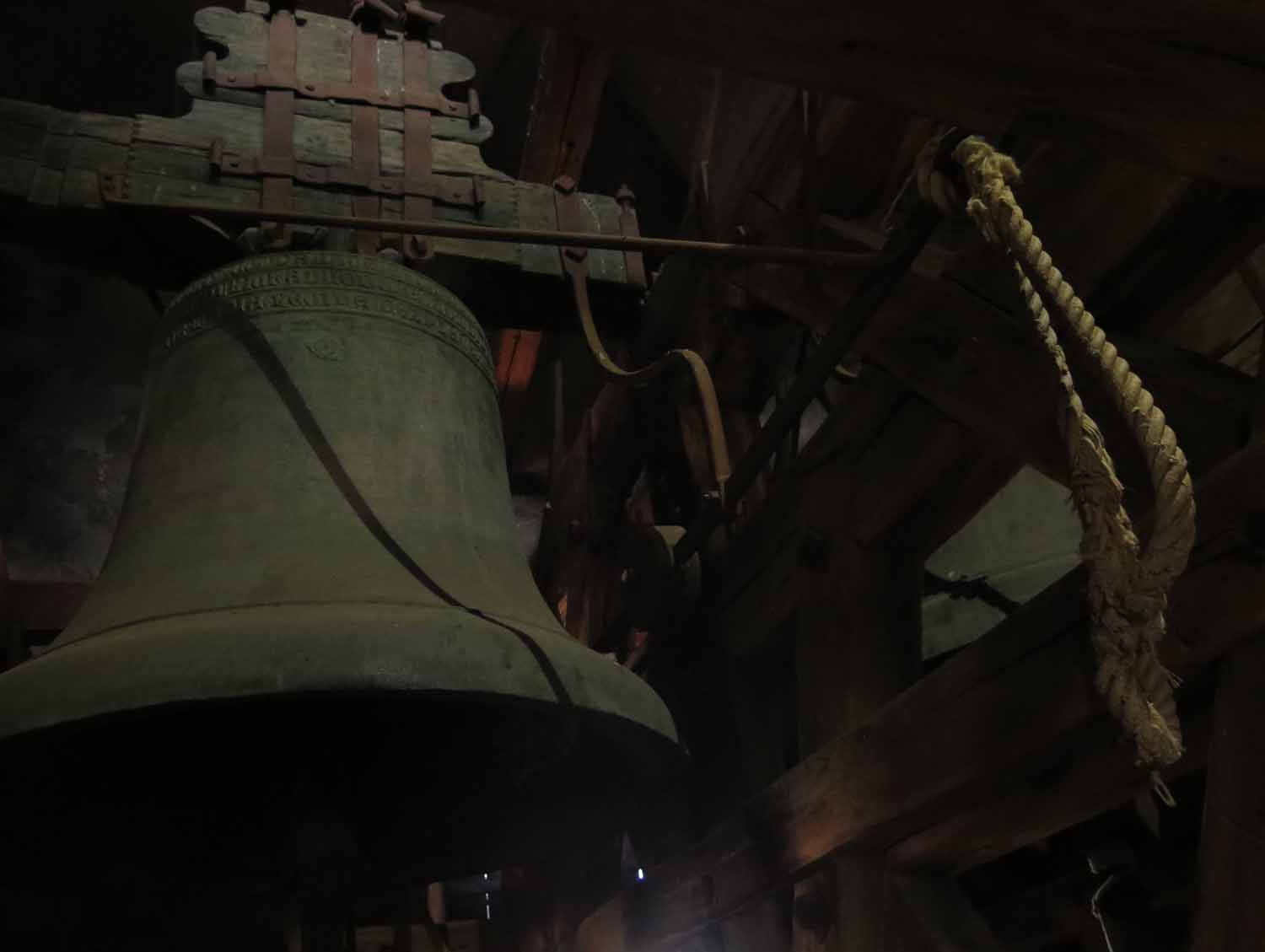 czech-republic-czesky-krumlov-tower-bell
