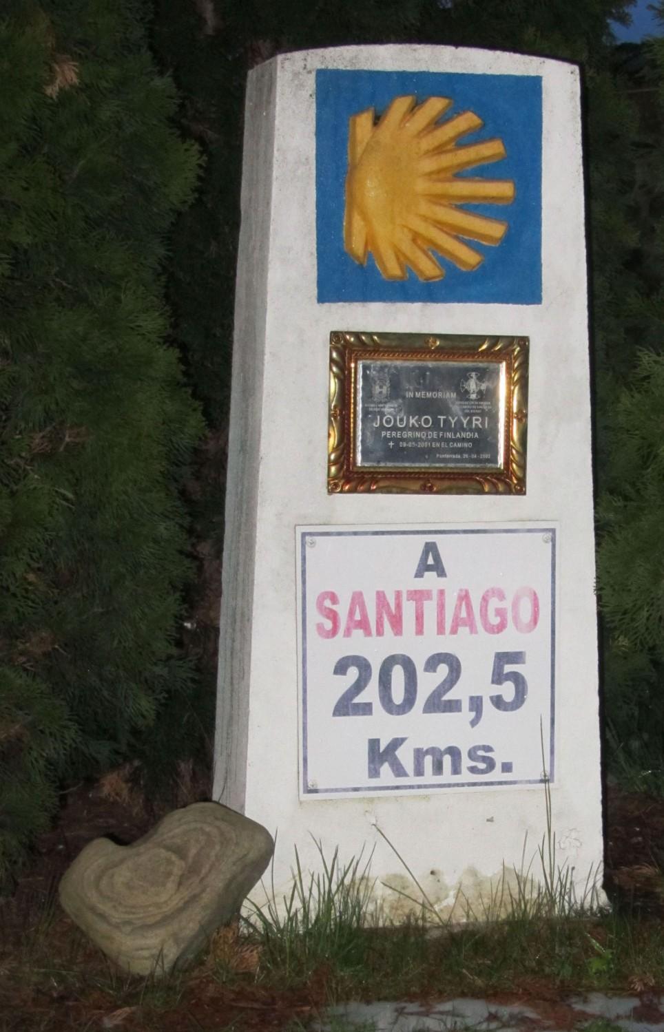 Camino-De-Santiago-Corazones-The-Heartstone