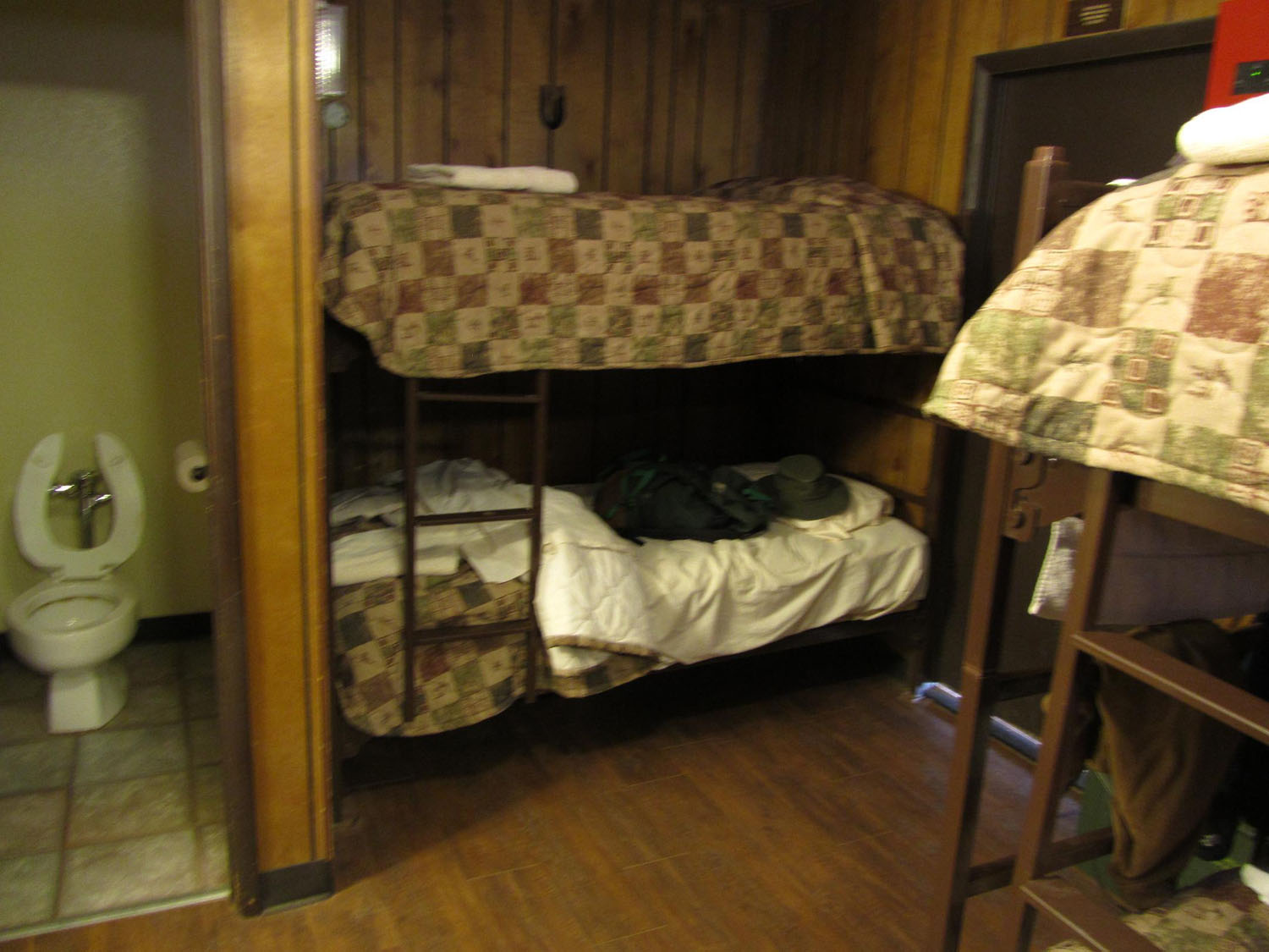 Grand-Canyon-Phantom-Ranch-Bunks