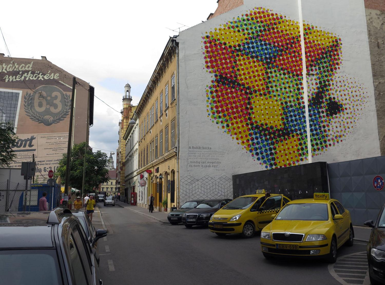 hungary-budapest-street-scenes-rubiks-cube