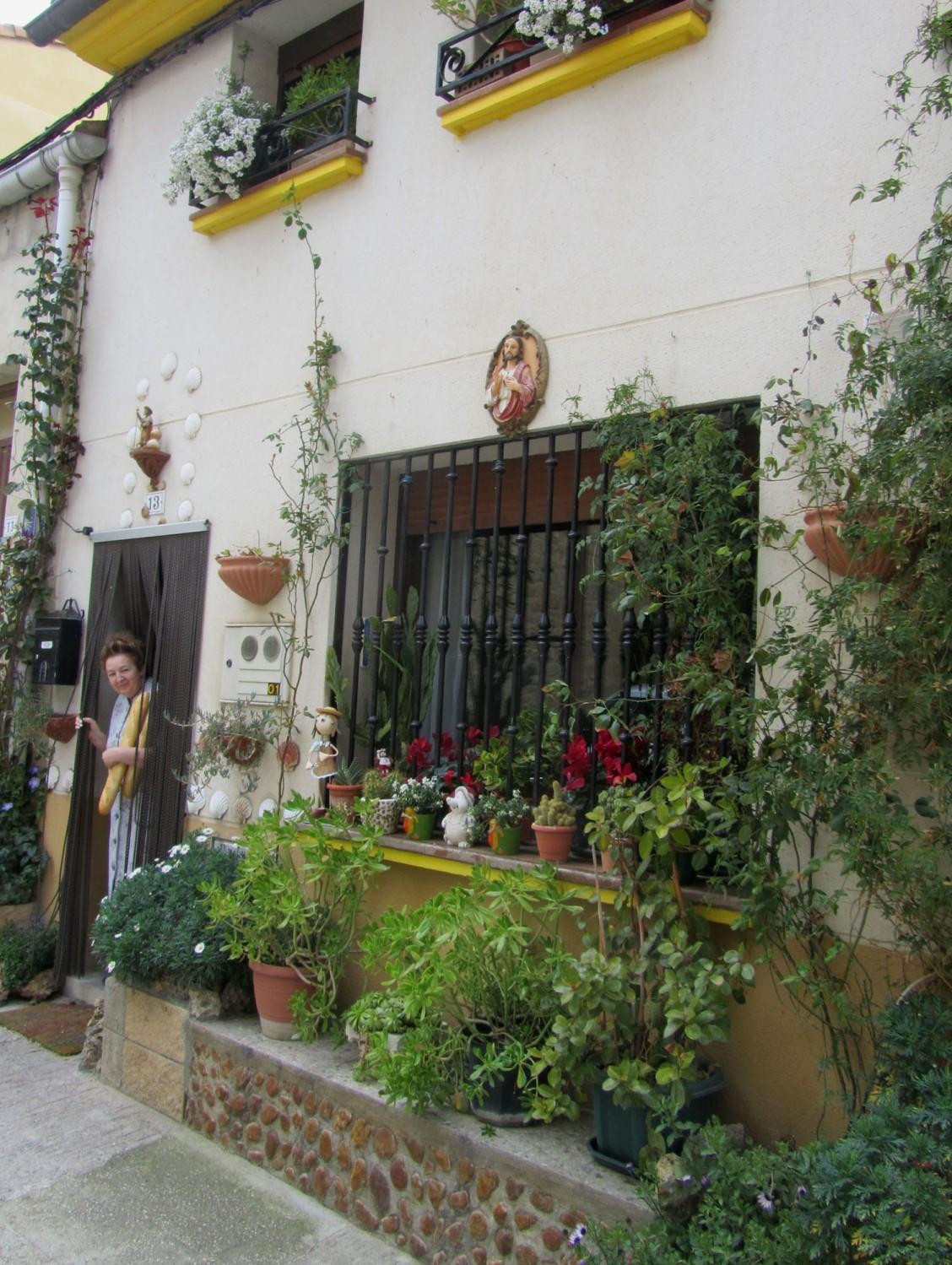 Camino-De-Santiago-Sights-And-Scenery-Senora