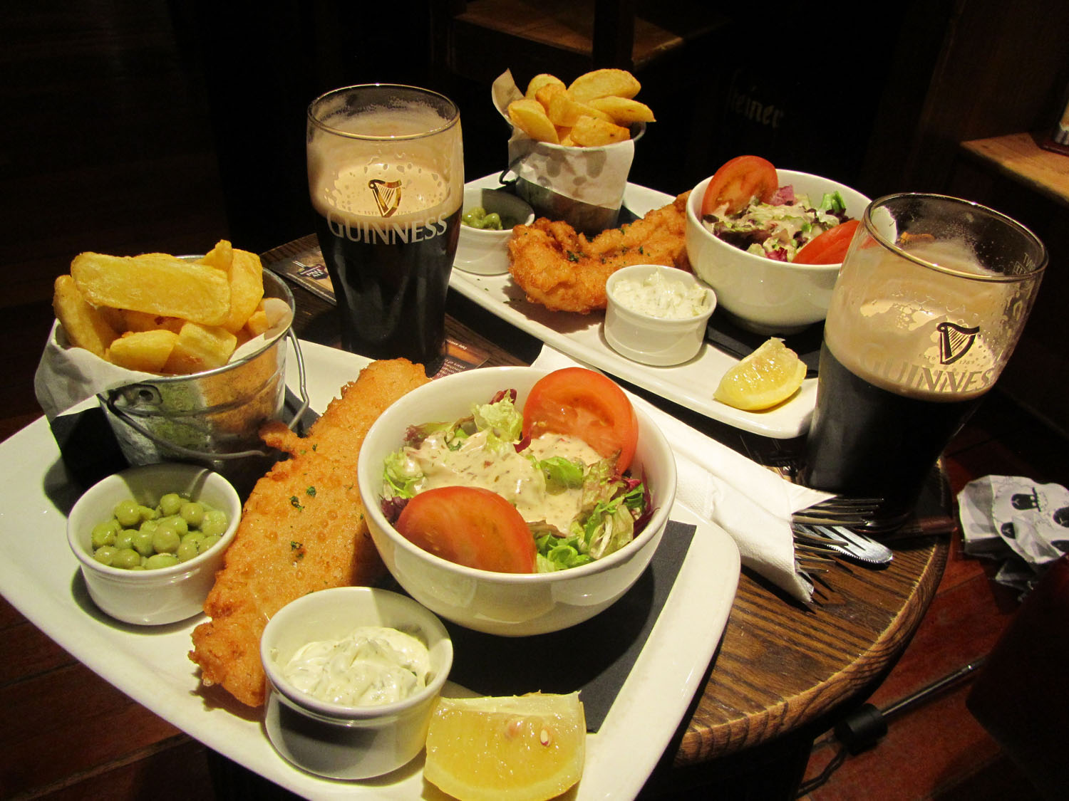 Ireland-Food-And-Drink-Fish-Chips-Guinness