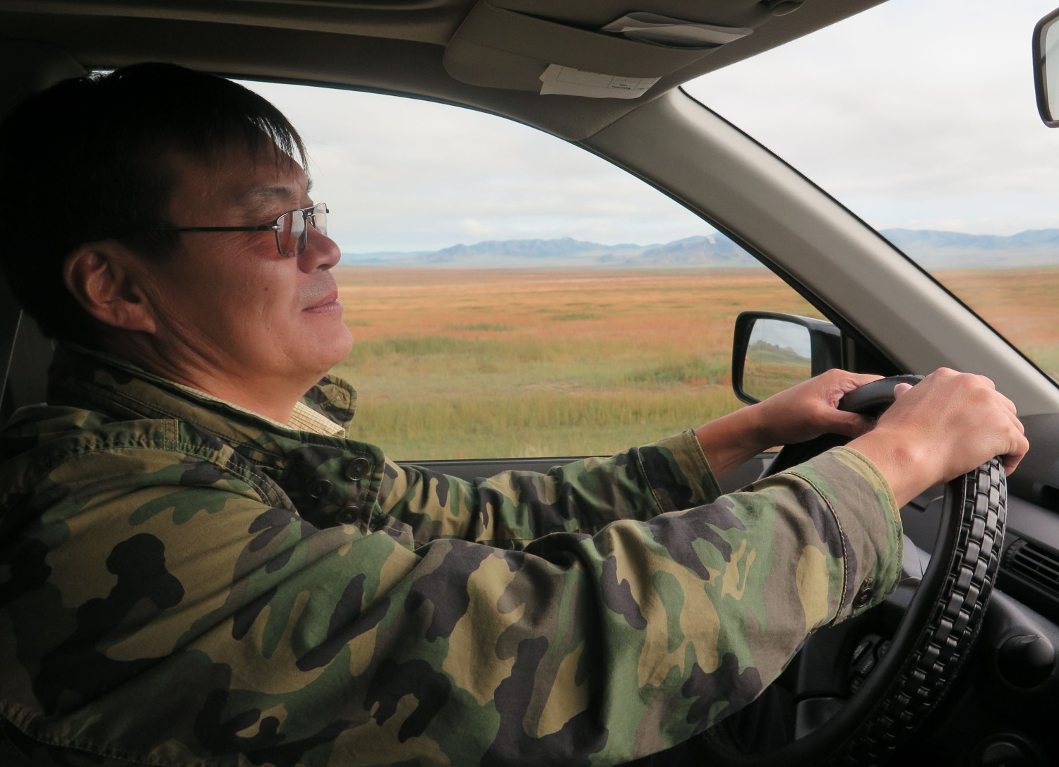 Mongolia-On-The-Road-My-Driver-Buggy