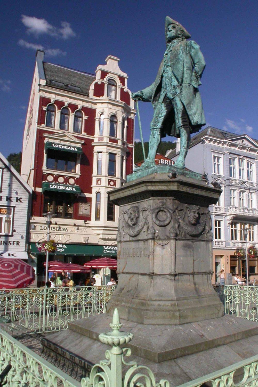 Norway-Bergen-Statue