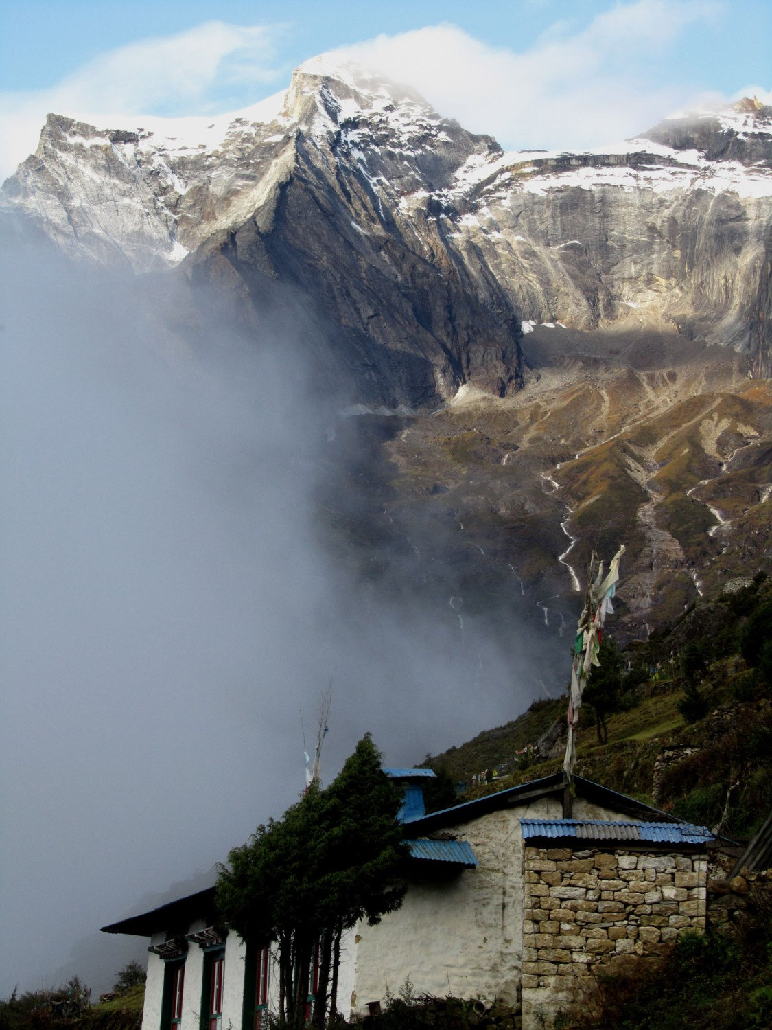 Nepal-Everest-Region-Trek-Day-03-Namche-Sunrise